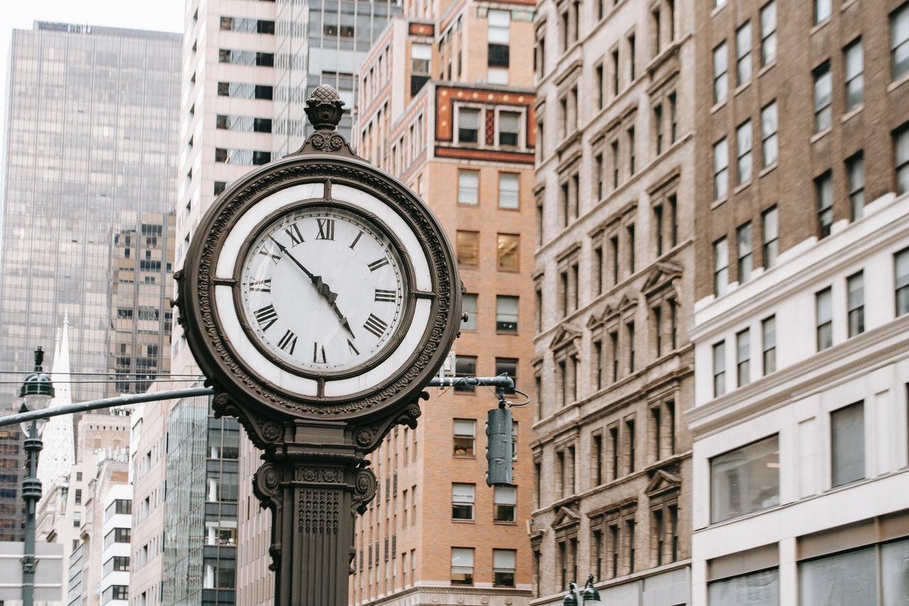 Adquirir una propiedad por el transcurso del tiempo